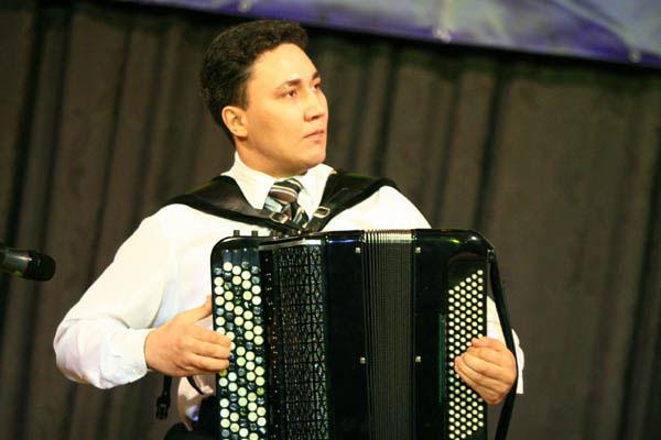 艾尔法_中央音乐学院首届(北京)国际手风琴艺术节