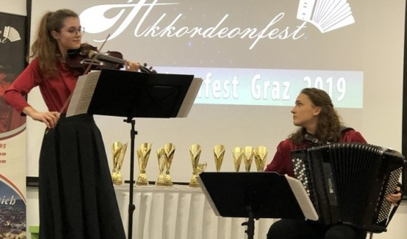 Kiara Janko, Jana Palac (Croatia),  winner of chamber music C